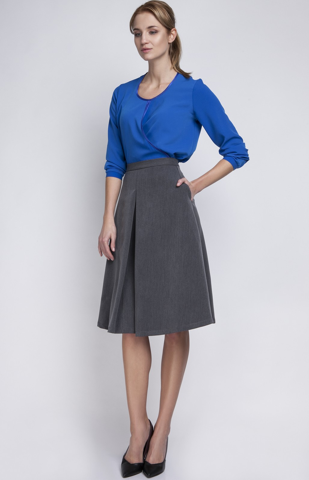 Galerry dress with flared skirt