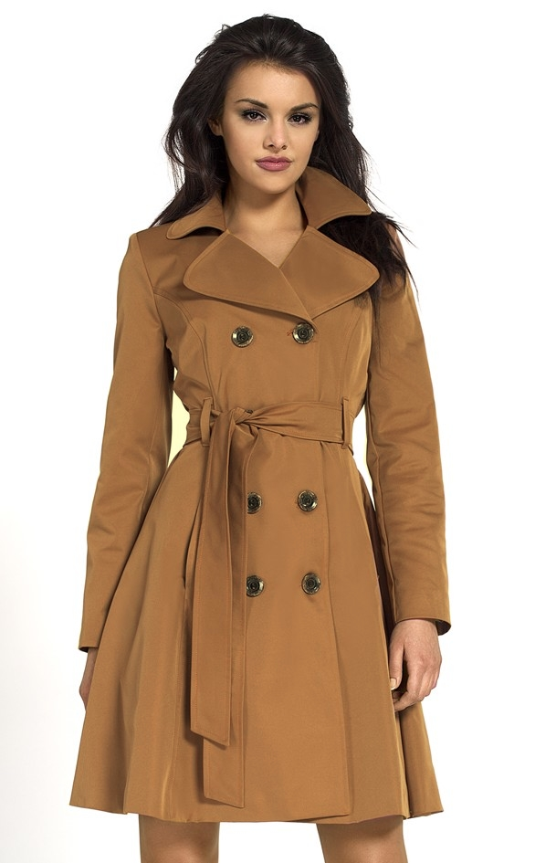 Découvrez la collection de manteaux et blousons femme Comptoir des Cotonniers. Une ligne de blousons, trenchs, doudounes, parkas, cabans et vestes à la pointe de la mode. Les différents modèles et coupes des manteaux: longs, mi-longs, courts, réversibles ou classiques, vous permettent de les twister à l'infini avec tous vos styles.
