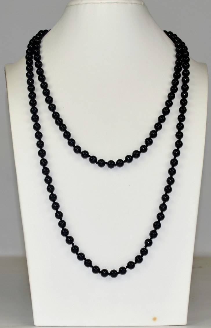 pearl jewellery product en silver front necklace simona samojauskaite black